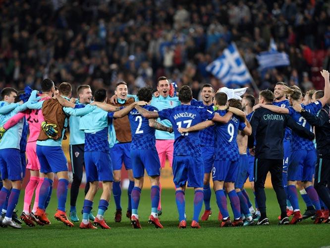 ฟุตบอลโลก 2018 รอบเพลย์ออฟ : กรีซ 0-0 โครเอเชีย (รวมสองนัด 1-4)