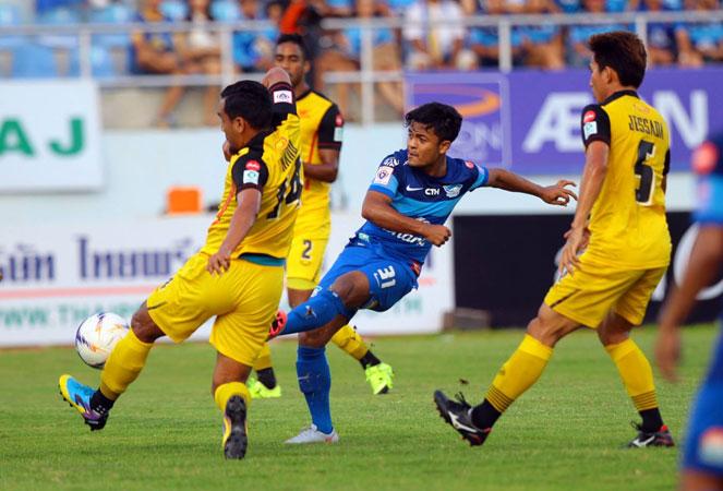 ชลบุรี เอฟซี 2-0 โอสถสภาฯ : กีรติ ซัดอำลาฉลามชล