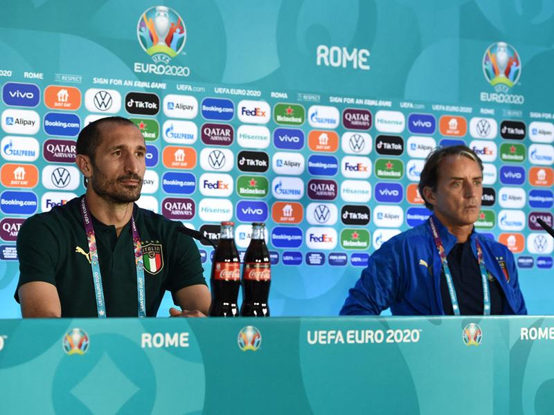 ยูโร 2020 : โรแบร์โต้ มันชินี่ ตั้งเป้า อิตาลี เข้าถึงรอบตัดเชือก