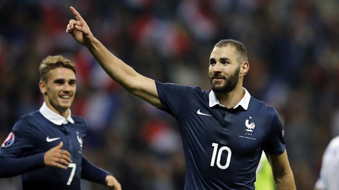 ฝรั่งเศส 4-0 อาร์เมเนีย : เบนเซม่า เหมา 2 ตุง