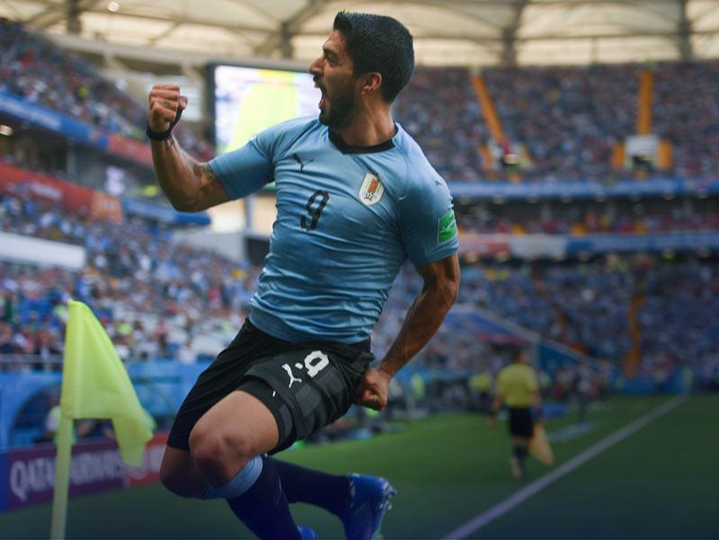 ฟุตบอลโลก 2018 : ตกรอบไปแล้ว 3 ทีม, รัสเซีย-อุรุกวัยตีตั๋วไปต่อ