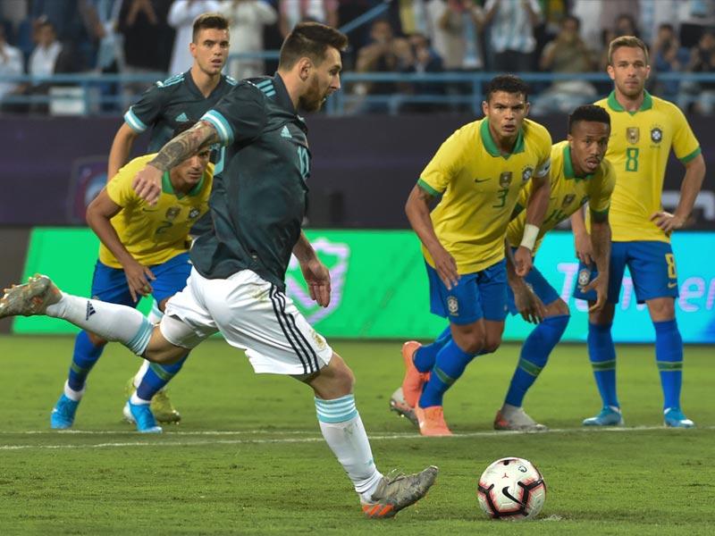 ฟุตบอลอุ่นเครื่อง : บราซิล 0-1 อาร์เจนตินา