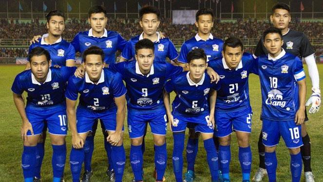 นักบอลไทย