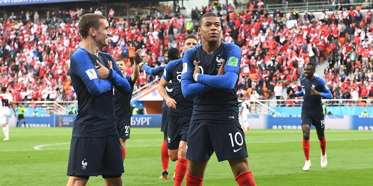 ผลการค้นหารูปภาพสำหรับ ฝรั่งเศส ฟุตบอล