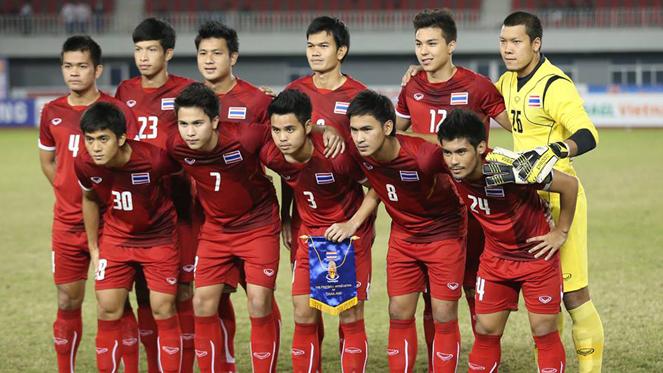 ทีมชาติไทยเปลี่ยนใส่ชุดแดงลุยซูซูกิคัพนัดชิง